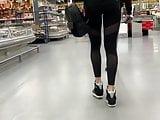 Perfect ass in leggings 1