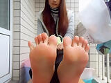 Incredible Asian Teen Soles Toe Spreading & Scrunching 1