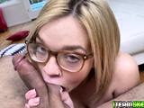 Katie Kush loves sticking fat cock inside her mouth