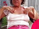 Upskirt mature mom no panties