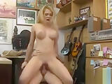 Booby amateur blonde babe pawns her vagina then fucked