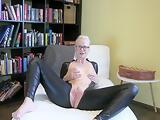BlondeHexe EXKLUSIV - ich mache Dich zum Spermaschlucker