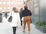 UK candid sexy curvy indian slag caught me and teasing me