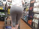 Bubble ass yoga booty