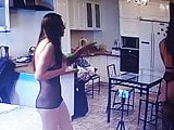 2 Girls 1 man .. doing amateur porn at home (Movies)