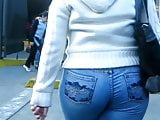 What beautiful buttocks this lady has
