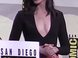 Gal gadot boobs beautiful