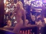 Mia Magma aka. Mia Julia singt Nackt im Bierkongi auf Mallorca