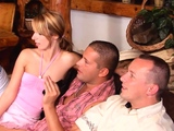 Dickloving amateurs giving heads during orgy