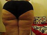 Huge booty Mel wiggle